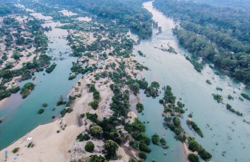 luchtfoto landschap met water