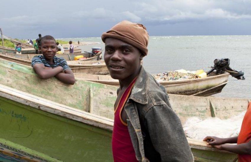 Vissers bij Virunga national park