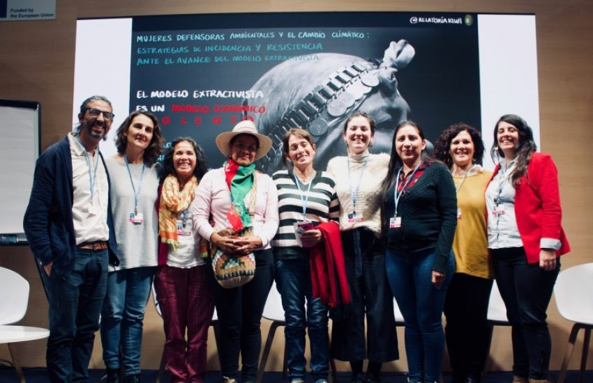 Picture of a group of women from Fundacion Plurales and other partner organisations at the UN Climate Conference